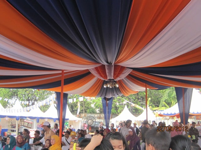 sewa tenda dekorasi pernikahan