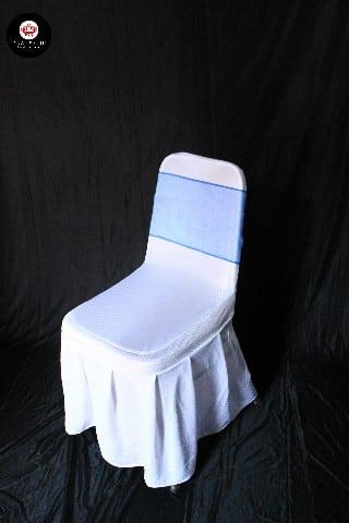 Kursi futura cover putih + pita biru