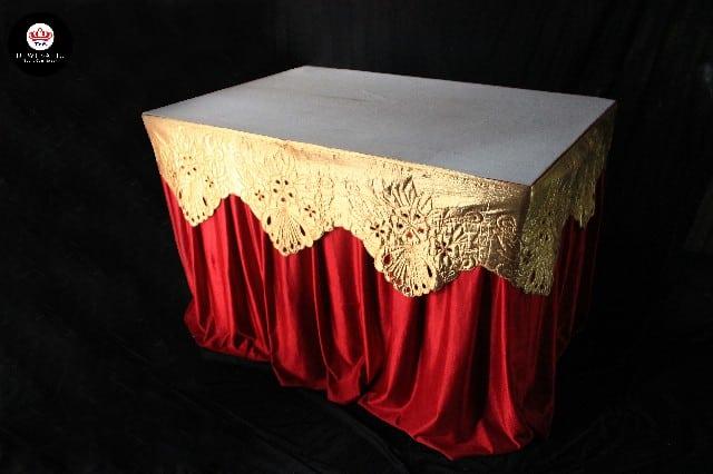 Meja kotak cover merah + rombe